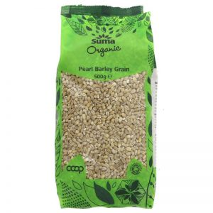 Organic Pearl barley grain